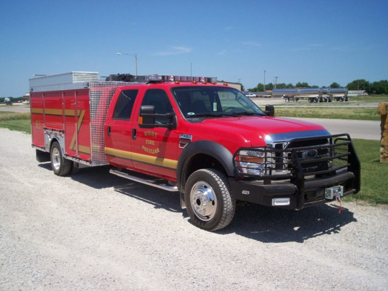 wet rescue fire truck enclosed fire skid