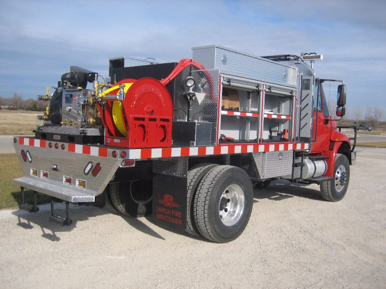 heavy brush truck work station