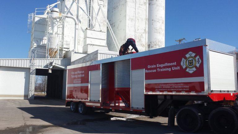 custom rescue entrapment training trailer